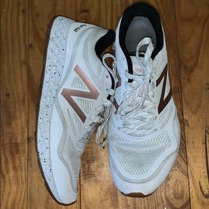 New balance fresh foam tennis shoes